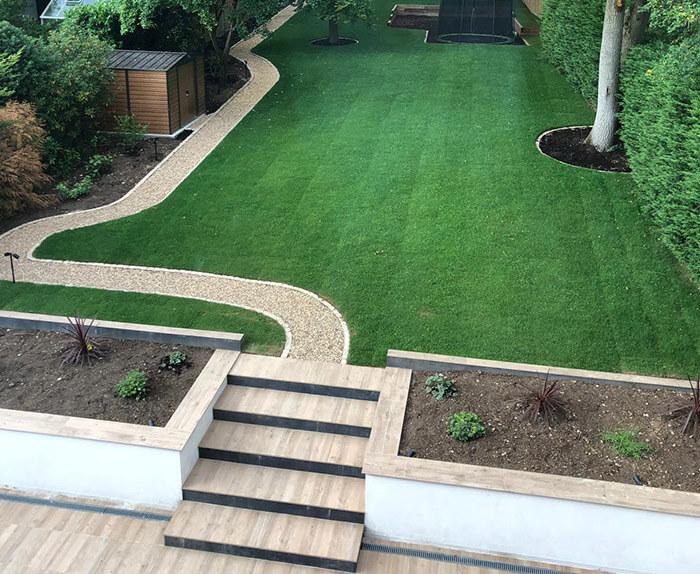 Stunning Garden Complete